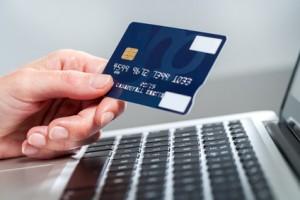 Untreue durch Kreditkarte