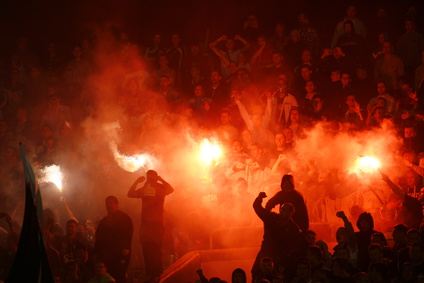 Schalke-Fan verletzt acht Menschen