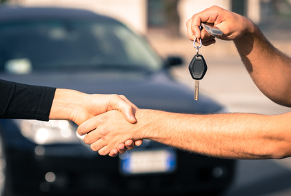 Betrügerischer Autoverkäufer